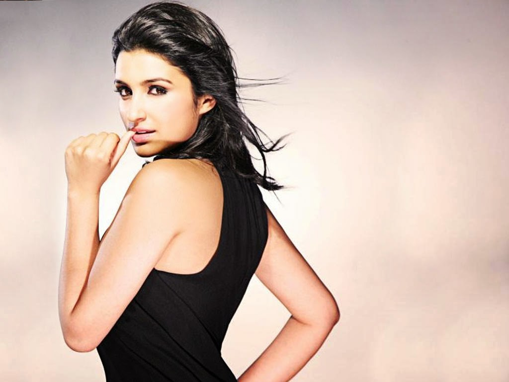 Parineeti Chopra :Parineeti Chopra Unseen Rare Hot Photoshoot Pics