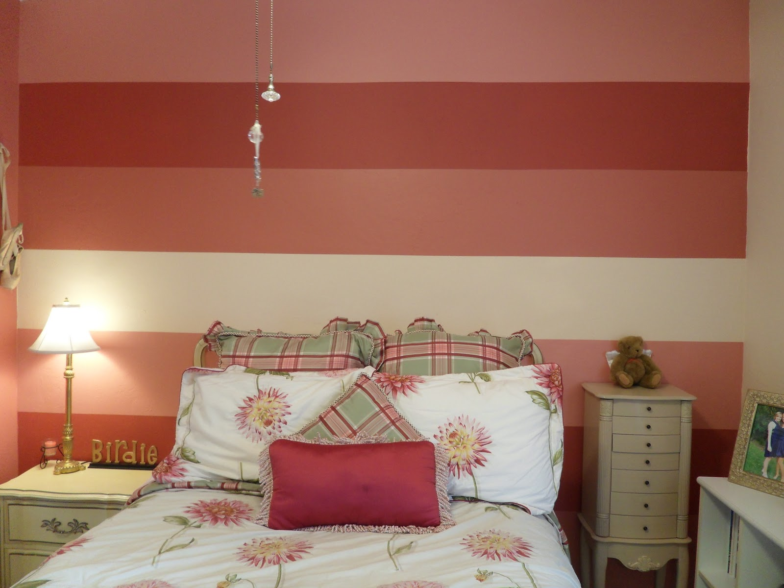 lc design striped bedroom walls
