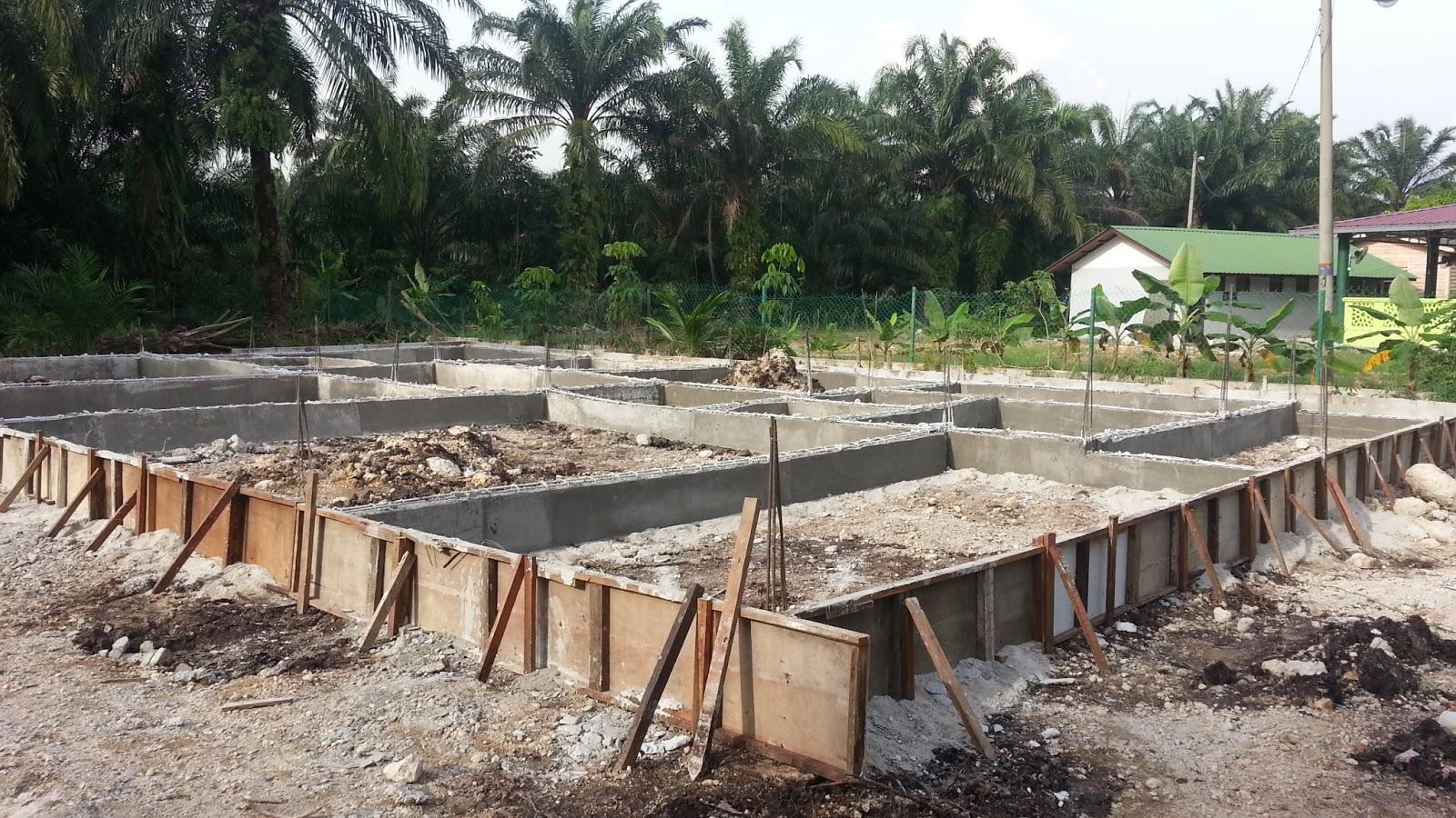 membina rumah banglo di atas tanah sendiri