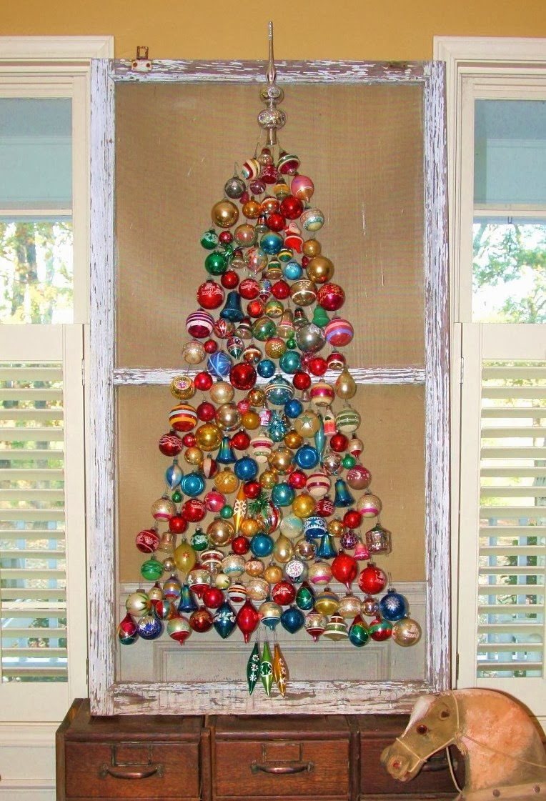 Someday crafts 7 non traditional christmas trees for Non traditional christmas tree ideas