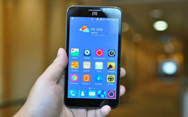 Smartphone Berbaterai 4000 mAh Rp1,2 Jutaan
