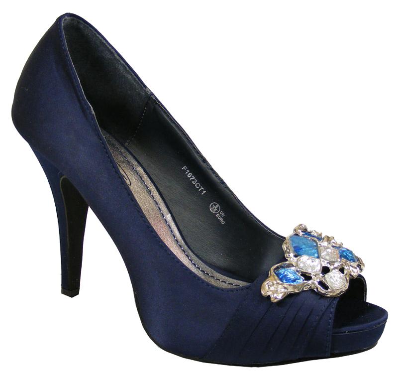 fashion navy shoes