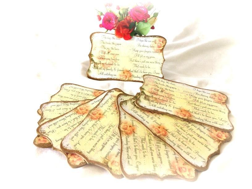 http://le-cose-animate.blogspot.ro/2014/09/invitatii-personalizate-love-rose.html