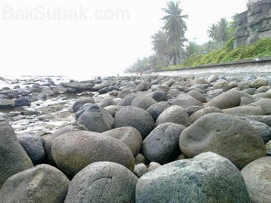 Leh Yeh Pengeragoan Beach, Pekutatan