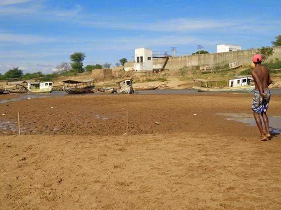 Xique-Xique pode ficar sem água em 40 dias, diz diretor de águas da prefeitura