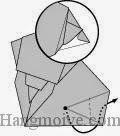 Bước 12: Gấp cạnh giấy vừa gấp xong ra ngoài để tạo đuôi voi