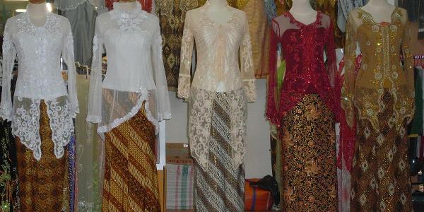 Foto Model Baju Kebaya Untuk Kondangan