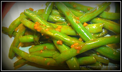 Delicious Way to Add a Little Something to Your Green Beans