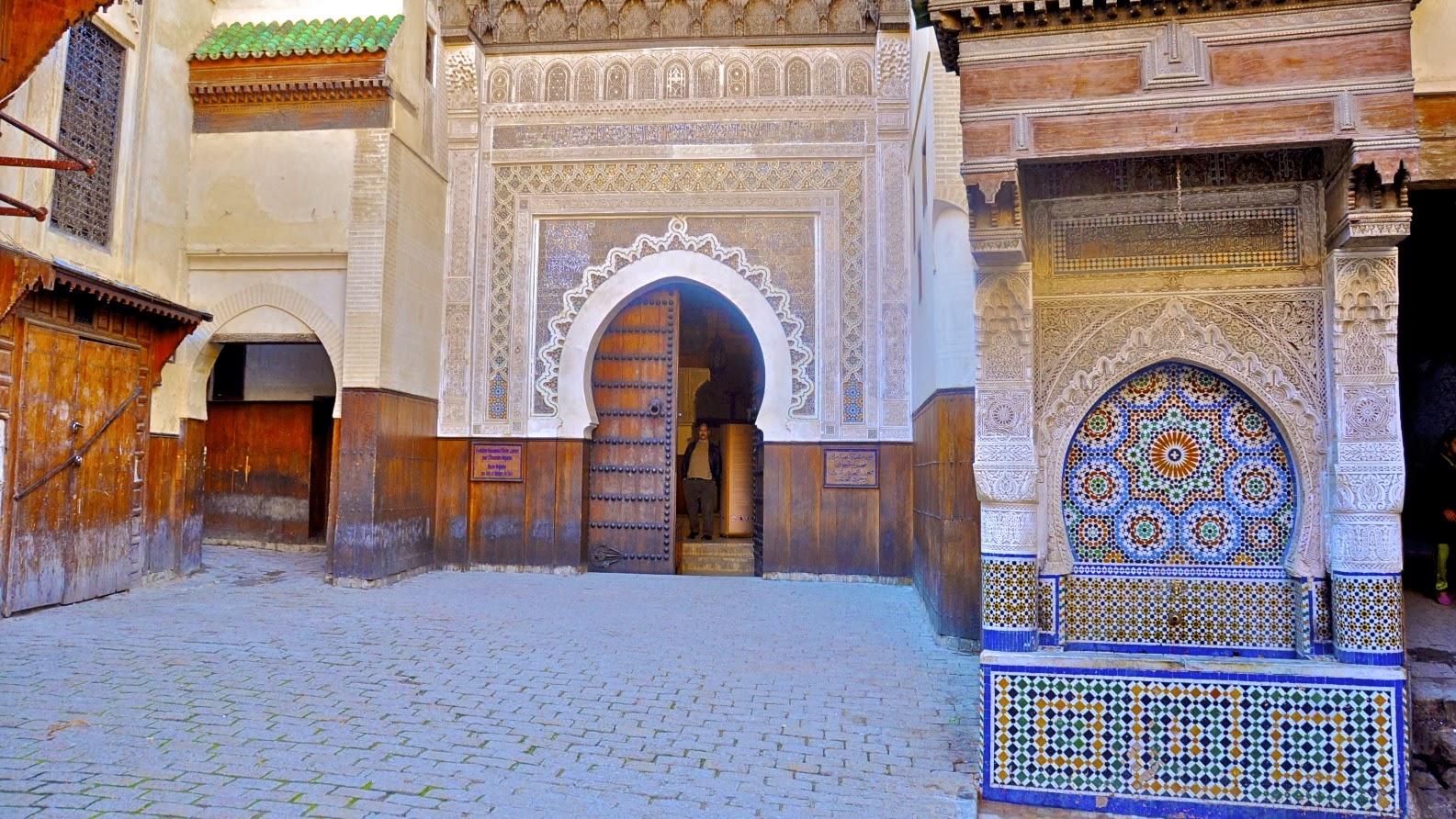 arrriba uno de los ms bellos rincones de la medina fez elbali es la medina de fez una de las ciudades imperiales de marruecos fundada a iniciativa de
