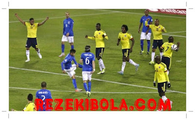 REZEKIBOLA.COM | AGEN BOLA, AGEN CASINO, AGEN TOGEL ONLINE INDONESIA TERPERCAYA - Presenter Seksi Prediksi Copa America dengan 'Goyang Drible'