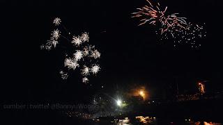Kembang Api di Sungai Serayu