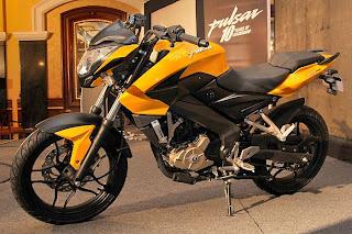 Harga dan Spesifikasi Motor Bajaj Pulsar 200 NS title=