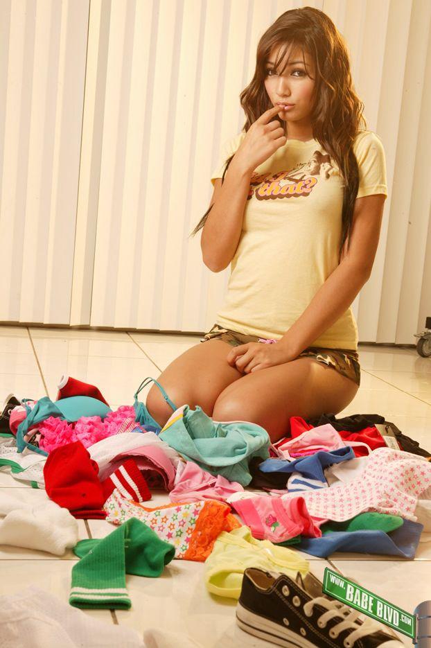 misa campo sexy bikini pics 01