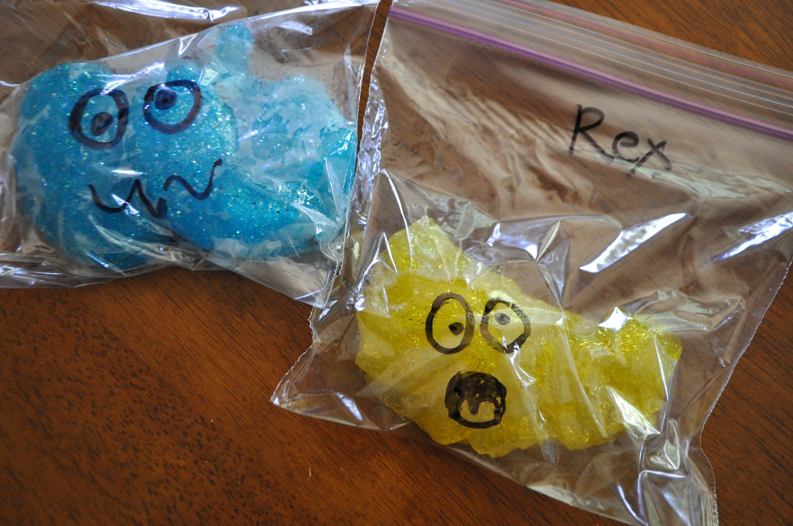 I am momma hear me roar feature friday glitter slime for Cool things to make and do