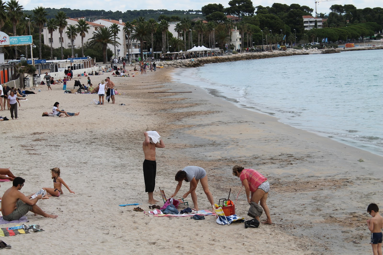 The gallery for --> People On French Beaches