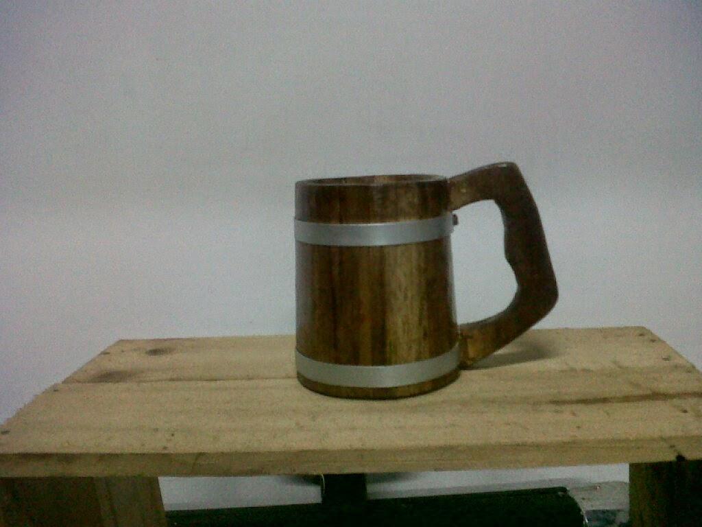 mug bir kayu