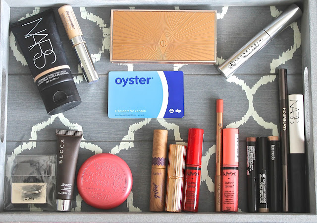 Find out what's in my weekend make up bag.