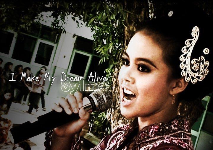 Sylma Dhini Avitra