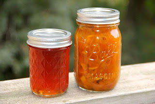 photo of finished products (pear honey (left) pear chutney (right)