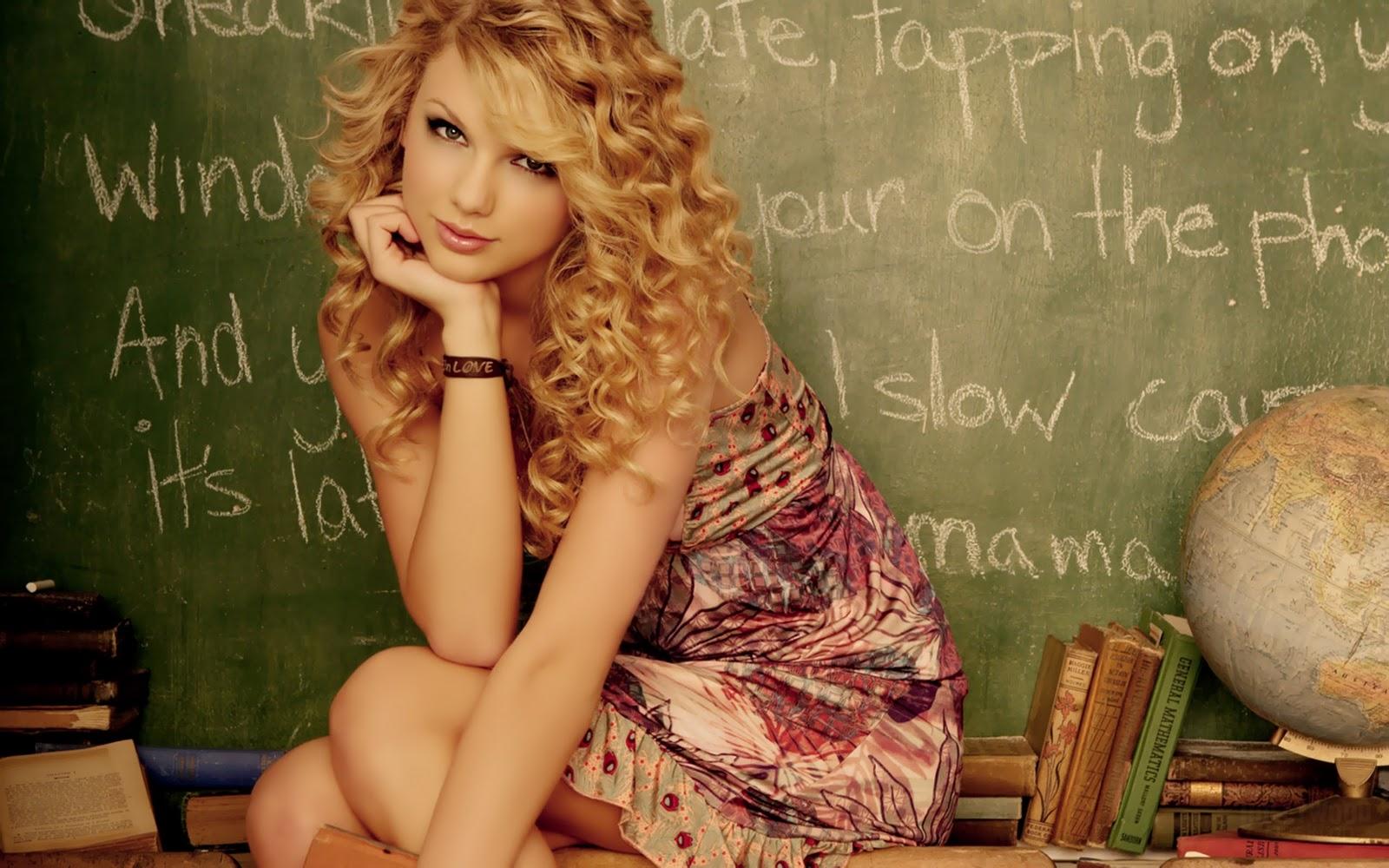 http://4.bp.blogspot.com/-y2UNKzNOlew/TxQhv5v1OII/AAAAAAAABCQ/Gq5zWtj9zjs/s1600/Taylor-Swift-Wallpapers-2012-3.jpg