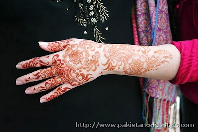 Mehndi designs for every festival 2014