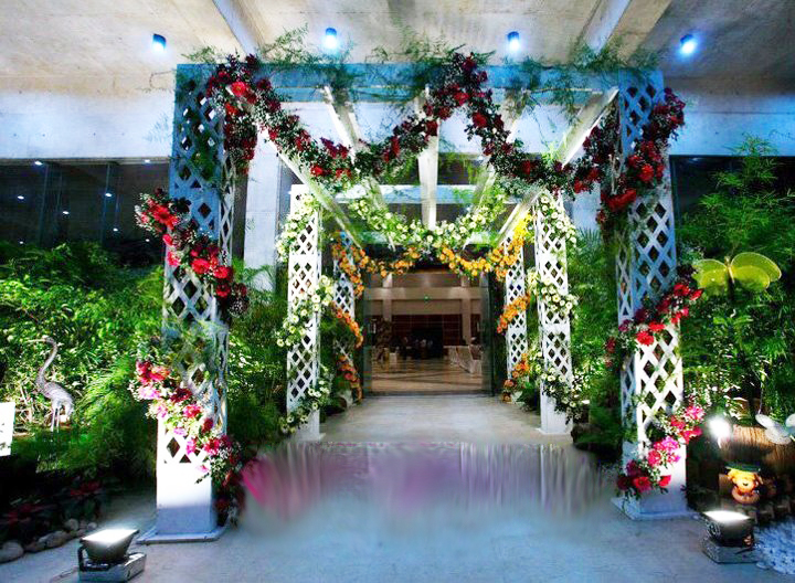 Wedding gate decoration pictures wedding snaps for Decoration gate