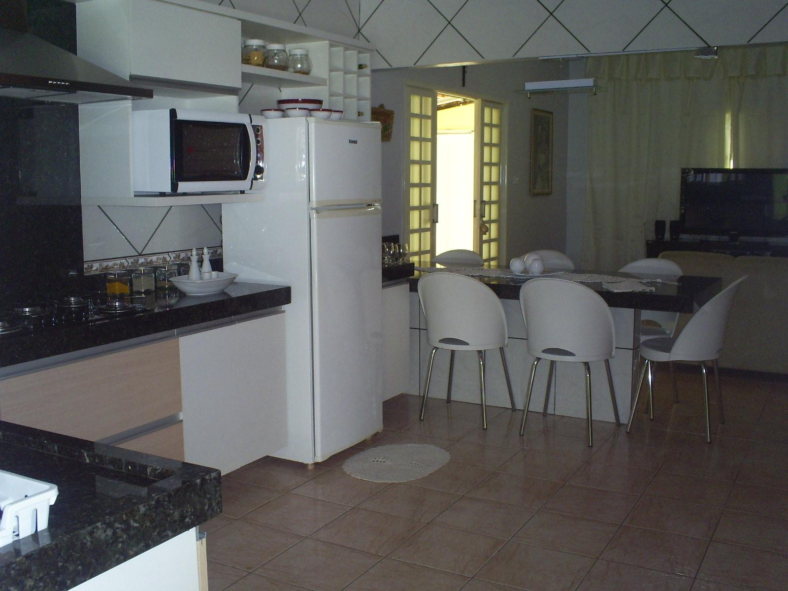 #8A8741 cozinha integrada grande cozinha americana.jpg 1600x1200 px Projeto De Cozinha Americana Com Sala #2787 imagens