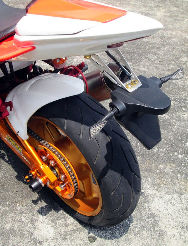Gambar Modifikasi Kawasaki Ninja 250 R tahun 2011