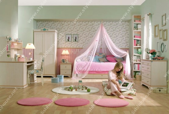 Stylish pink bedroom for little princesses for your stylish house