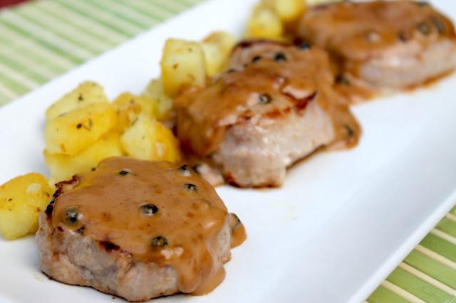 Solomillo de cerdo a la pimienta (sin lactosa) con patatas