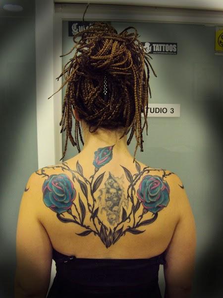 tatuajes de rosas para hombres Tattoo 946 Página 1 de 1
