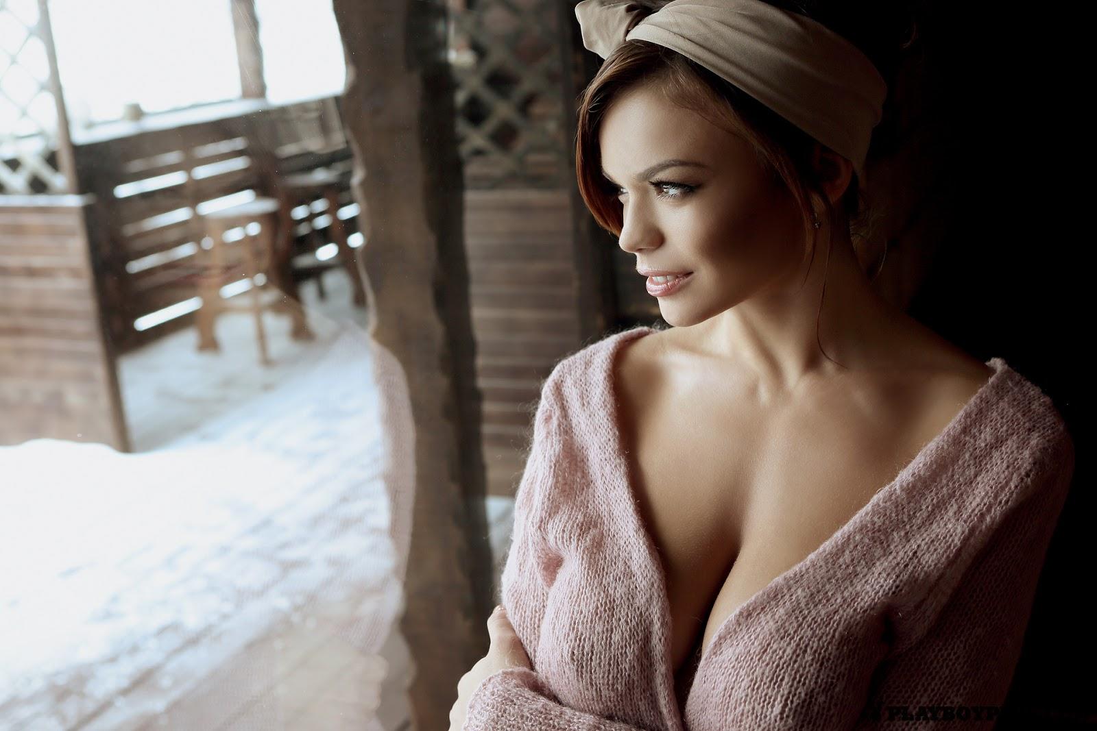 Babesandgirl erotic scenes