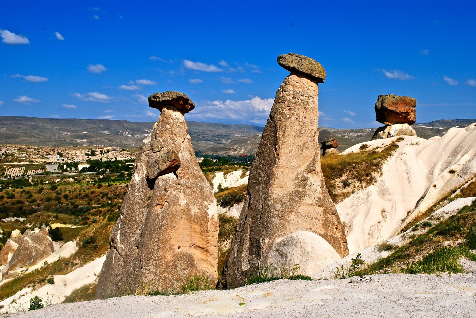 Things to do in Cappadocia : The Three Beauties on the Red tour