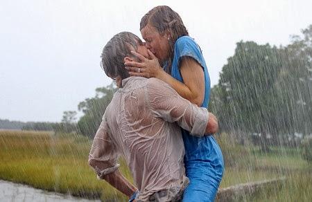 Nụ hôn nóng bỏng dưới cơn mưa