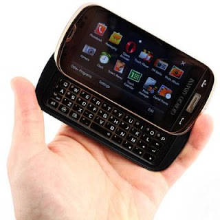 Samsung B7620 Giorgio Armani has lot of cool features like Nokia N79