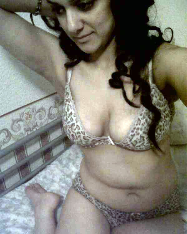 Naked pakistani women hot