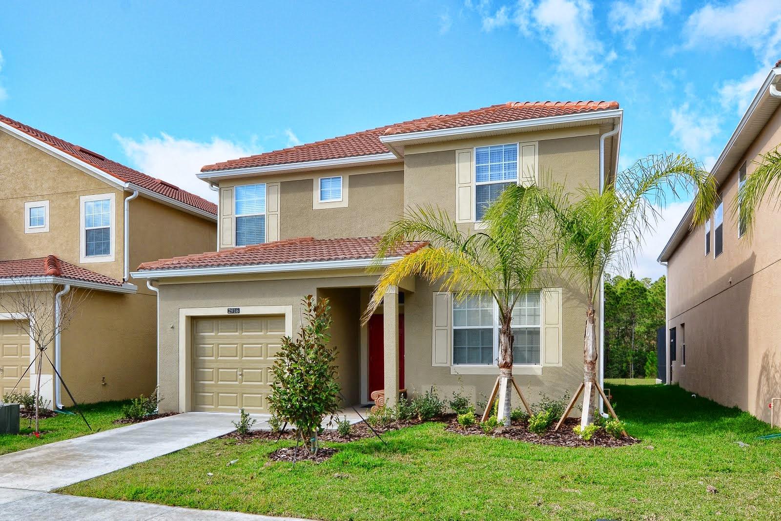 Casa de 5 quartos c/ piscina no condomínio Paradise Palms