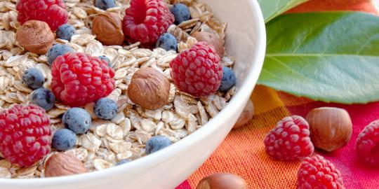 Oatmeal+potent+loses+weight Oatmeal   The Most Powerful Food for Weight Loss