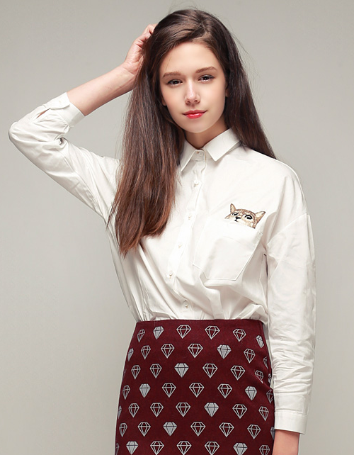 Kitty in Pocket Embroidery Shirts