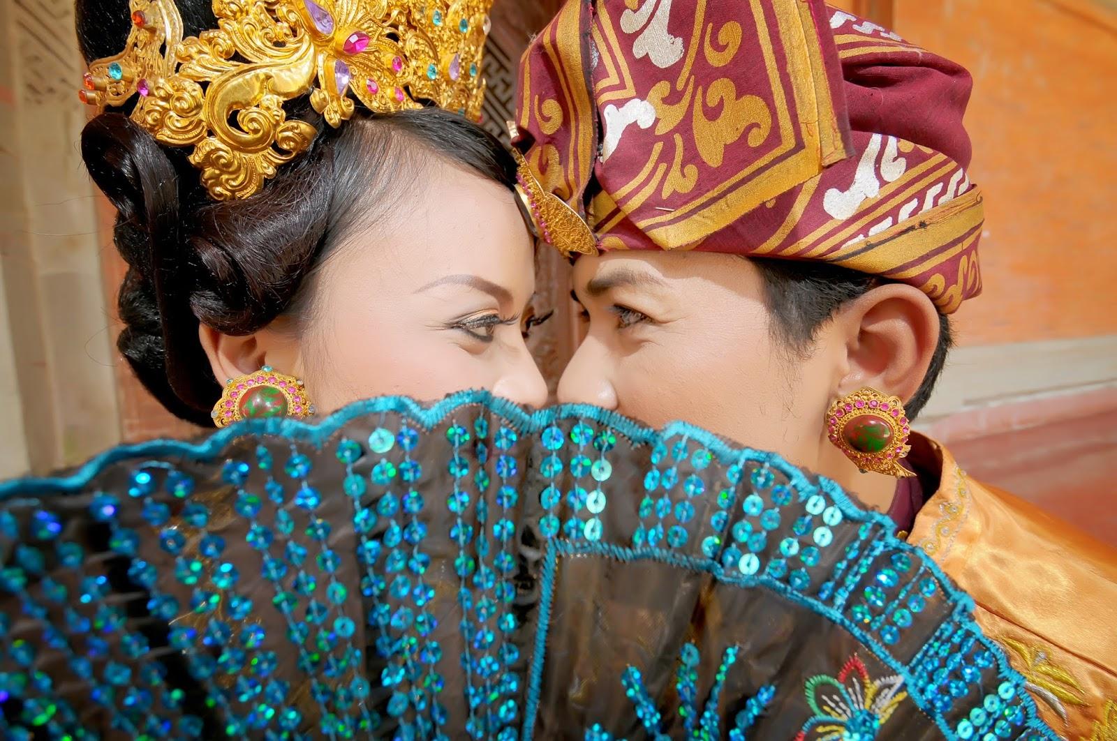 Foto Pawiwahan Perkawinan Adat Bali