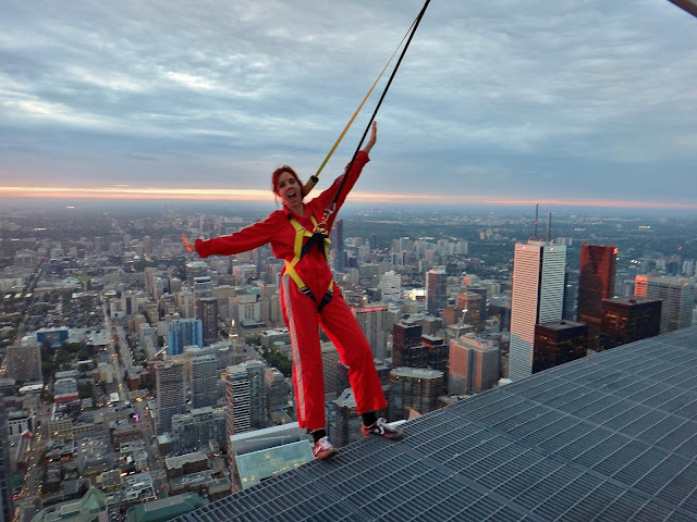 New Year, Roundup, The Purple Scarf, Melanie.Ps, Toronto, Ontario, Canada, CN Tower, Edgewalk