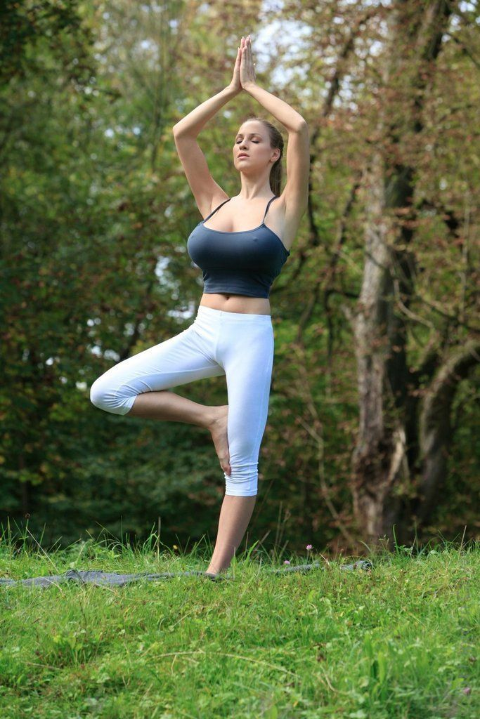 Jordan Carvers Yoga Class ~ Blogs2Fun
