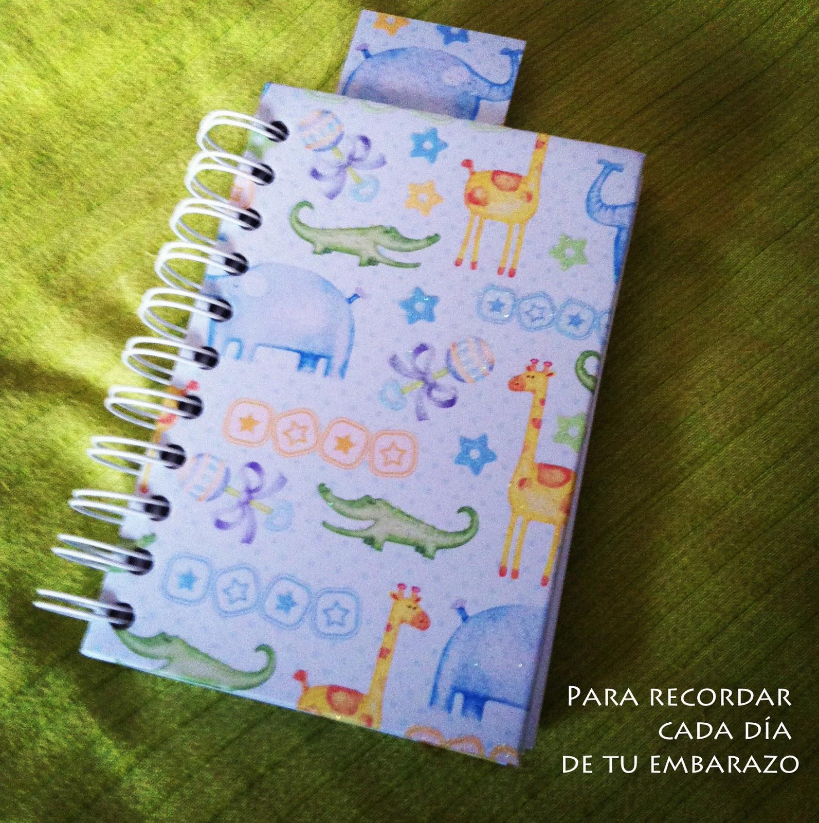 Libreta hecha a mano con motivos infantiles