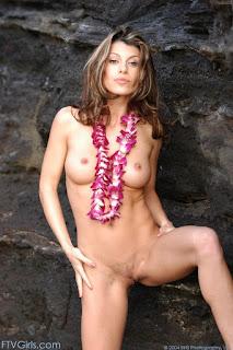 Wild lesbian - rs-isabella6_11-732221.jpg