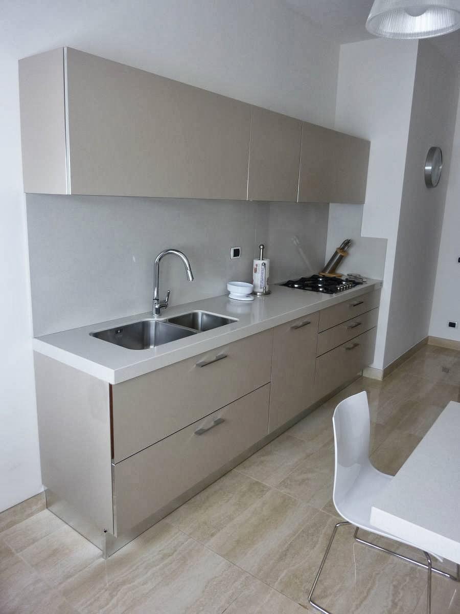 Alberto sozzi store manager and senior interior designer - Schienali per cucine ...