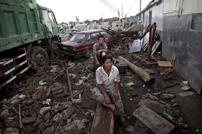 Las peores lluvias en 60 años azotan Pekín, 22 de Julio 2012