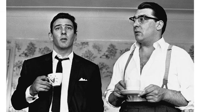 Ronnie Kray and Reggie Kray Drink Tea Image: © Hulton Archive Getty Images