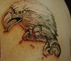 Tatuagens masculinas de águia (Tattoo de águia) imagens e fotos de