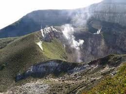 mitos-mitos gunung gede bali