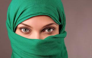 30 Foto Wanita Cantik dengan Jilbab @ Digaleri.com